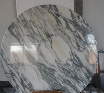 Столешница круглая под мрамор Стойки-ресепшен из искусственного камня Corian Симбухово